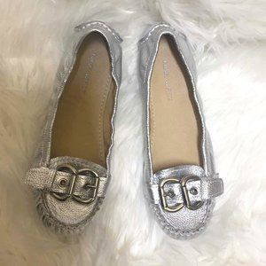 NINE WEST Leather Worth It Silver Buckle Moccasin Ballet Flats NWOT